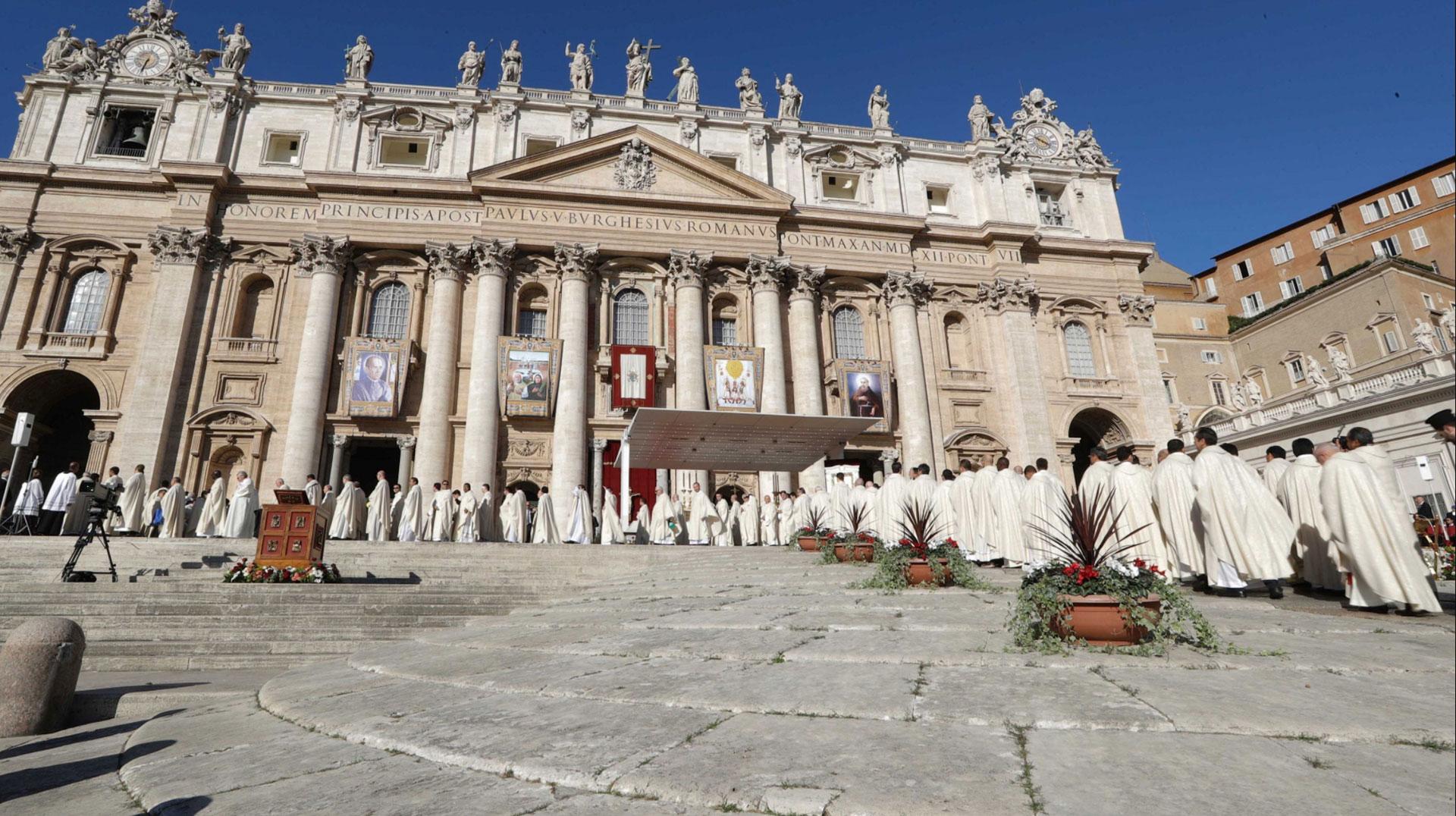 Arazzi canonizzazione